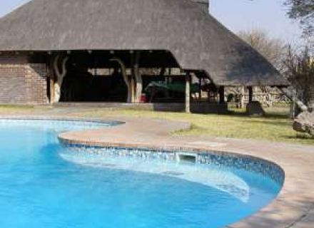 Grassland Safari Lodge- Central Kalahari