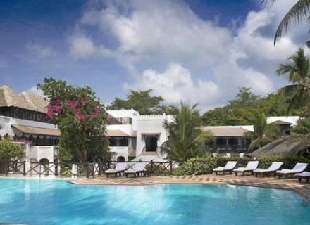Serena Beach Hotel and Spa - Shanzu Beach - Mombassa