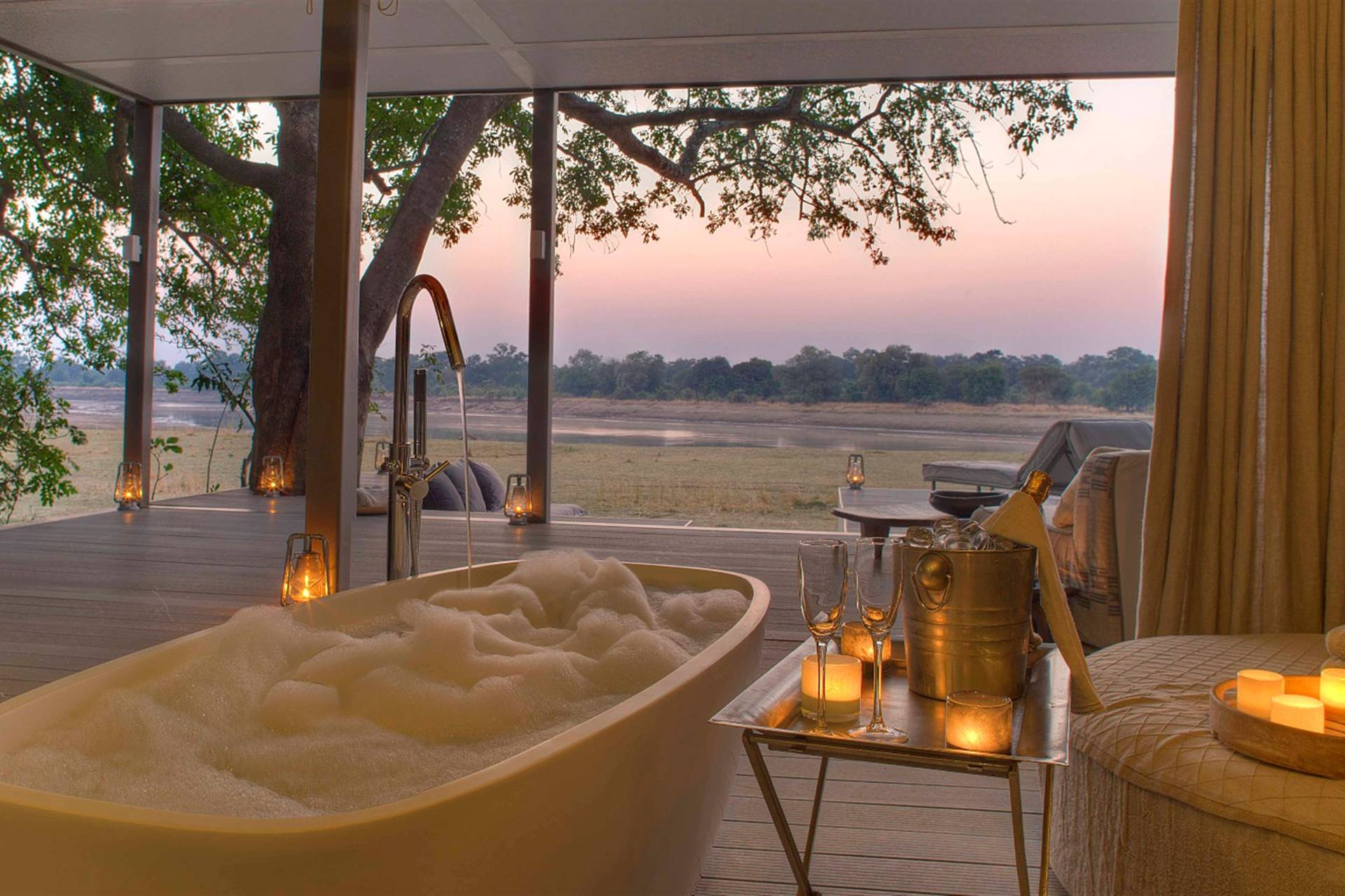 Chinzombo Camp - Zambia