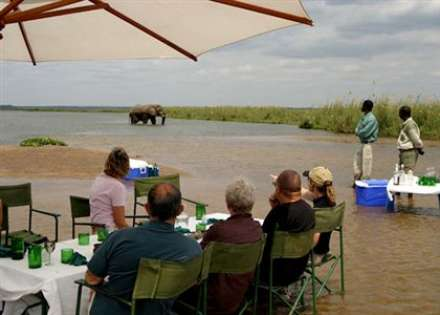 Sausage Tree camp - Lower Zambezi Nation